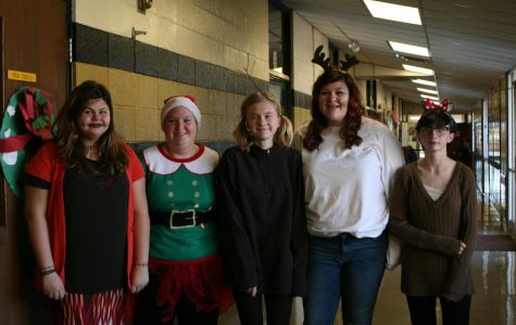 StuCo Spreading Christmas Spirit