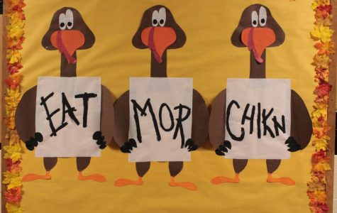 StuCo cooks up a twist on a favorite restaurant's ad for their Thanksgiving bulletin board design.