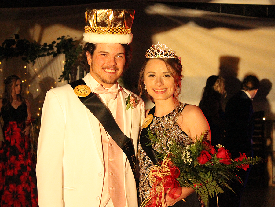 Congratulations to Noah Korokis and Mackenzie Phillips, the 2019 prom king and queen!